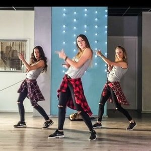 Saskia's Dansschool | Best Zumba Instructors on Youtube